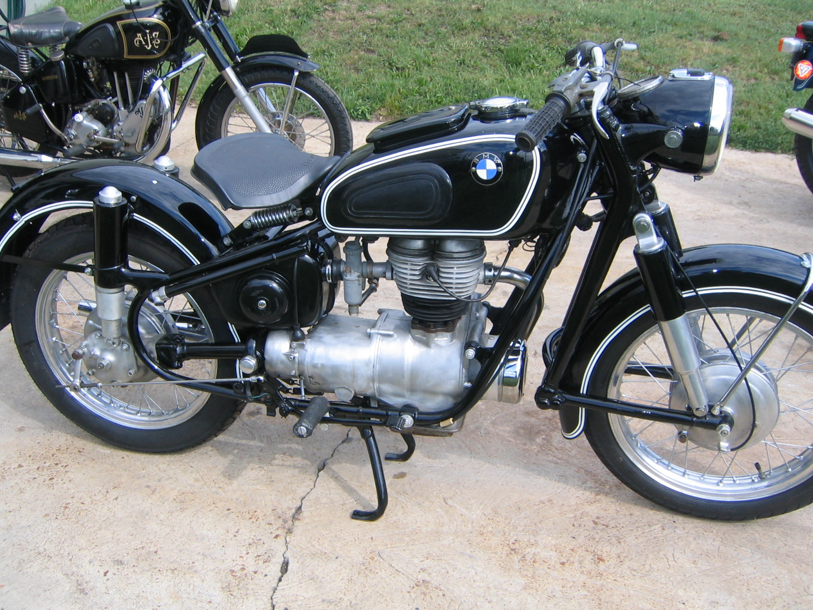 Bmwr Restored Bmw R51 2 1950 Photographs At Classic Bikes